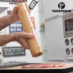 moulin à poivre et à sel en bambou taketokio faciel d'utilisation