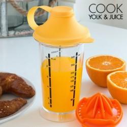 verre mélangeur avec presse agrumes cook yokl + juice pour partager un bon déjeuner