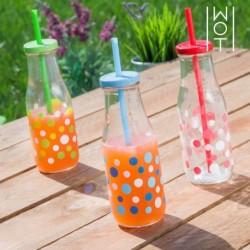 bouteille avec bouchon et paille taupes wagon trend élégant sur votre table