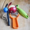 Râpes, éplucheurs et découpe fruits et légumes